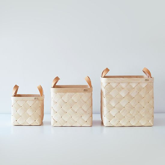 Verso Lastu Birch Baskets with Beige Leather Handles | Storage Solutions | Finnish Design | www.homearama.co.uk | #verso #versodesign #lastu #birchbaskets #storagesolutions #finnishdesign