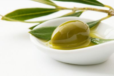 Baking with olive oil is healthy due to its high level of monounsaturated fats, but olive oil can overpower the taste of your baked goods. It's best to avoid baking with extra-virgin olive oil, made using a natural method of extraction for the purest oil, because of its strong flavor and low smoke point. Save it for drizzling over salads!Image Credit: Getty Images                                     via @AOL_Lifestyle Read more: http://m.aol.com/food/best-oils-baking/?a_d...