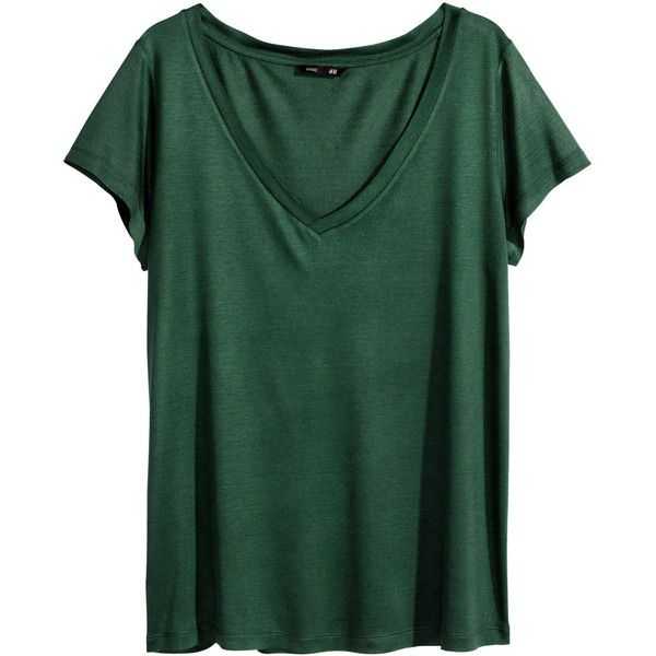 H&M V-neck top ($11) ❤ liked on Polyvore featuring tops, t-shirts, shirts, tees, dark green, green v neck shirt, tee-shirt, short sleeve t shirt, v-neck tee and jersey t shirts
