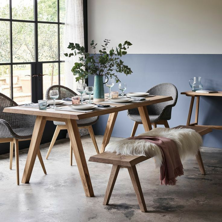 23++ 4 seater dining table and bench Trend