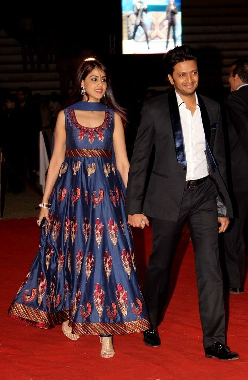 Genelia wearing Indian designer Rohit Bal at Police Show Umang 2013 | IndianWeddingSite.com