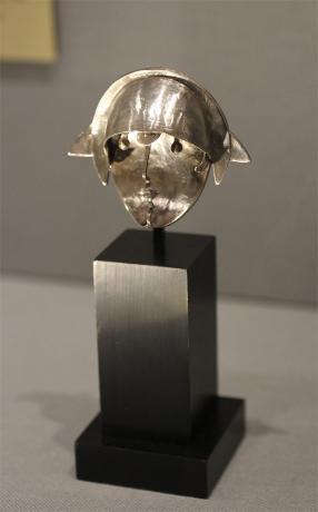"Pablo Gargallo Brooch: ""Pequea star,"" 1990 Adapted from an original sculpture of 1925 Silver, 23⁄4x 3 x 11⁄4 in. (7 x 8 x 3 cm) 4/7, edition Atelier Pierrette Gargallo Private collection"