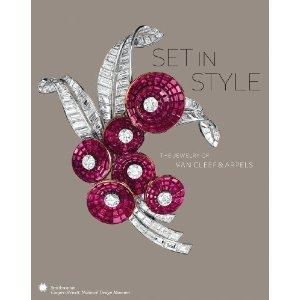 The book features more than 350 of Van Cleef & Arpels' most celebrated works from museum and private collections.