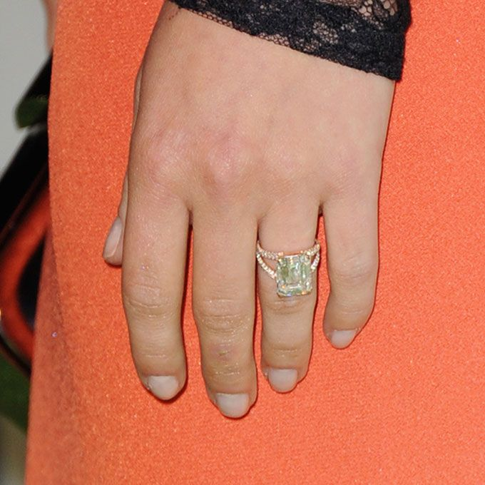 Brides.com: . Hayden Panettiere's Engagement Ring. Our April/May 2014 cover girl Hayden Panettiere confirmed her engagement to pro boxer Wladimir Klitschko in October 2013. The Nashville star and mom-to-be actually selected her own engagement ring — a 6-carat emerald-cut diamond from Montblanc.