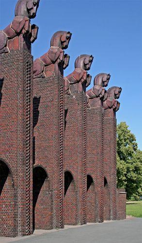 magdeburg hasselbachplatz bilder | Magdeburg - Pferdetor/Albin Müller