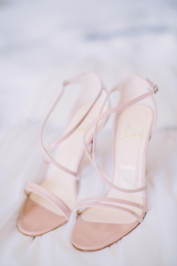 Christian Louboutin heels: http://www.stylemepretty.com/2015/03/05/traditionally-elegant-botanical-garden-wedding/ | Photography: Harwell Photography - harwellphotography.com