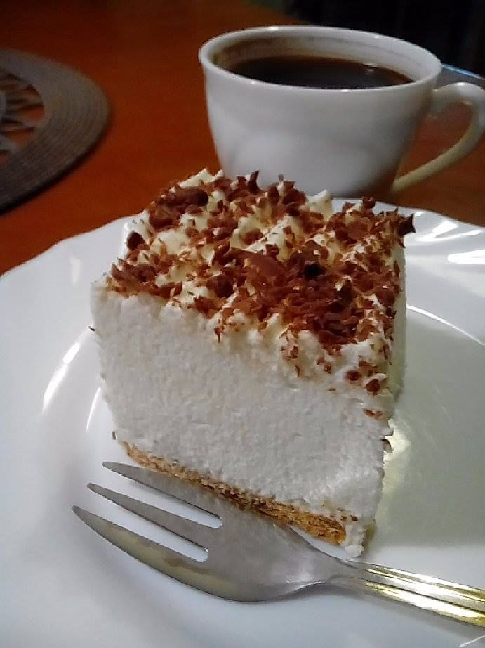 Śnieżny puch – eleganckie i pyszne ciasto bez pieczenia | Qchenne kaprysy