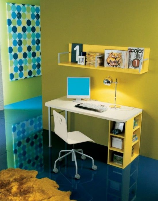 Decent Study Rooms: This Small Space Is Oozing Personality With Its Colors