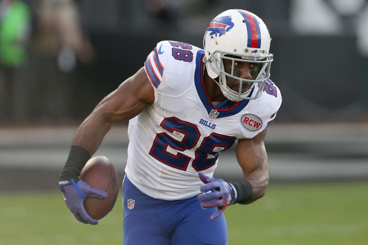 When the Buffalo Bills spent the No. 9 overall pick in the 2010 NFL Draft on Clemson running back C.J. Spiller, they were in the market for the ultimate home run threat. Spiller ran a …
