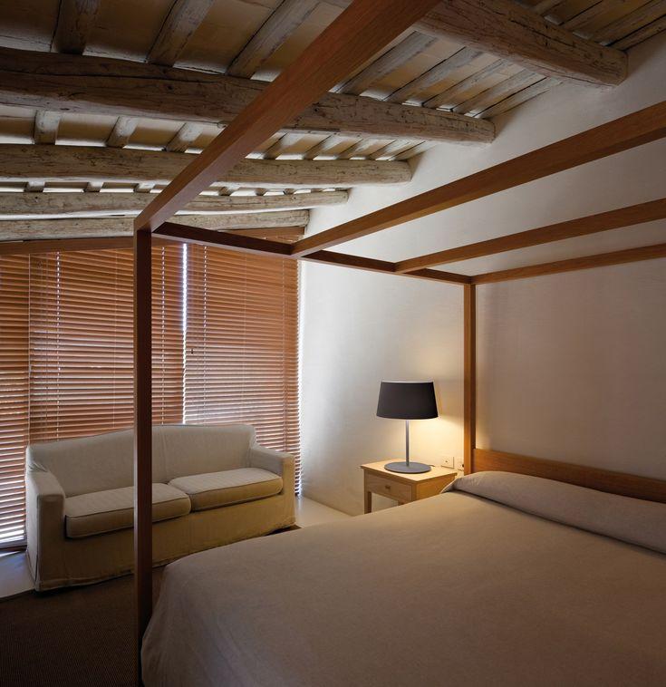 Oltre 25 fantastiche idee su lampade da camera da letto su - Illuminare la camera da letto ...