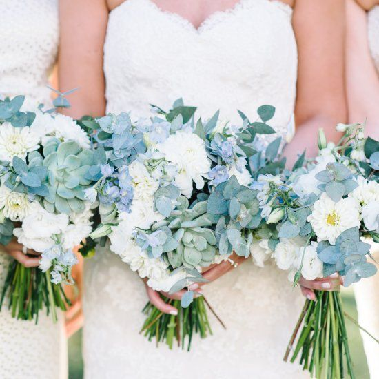 Stunning Charleston Plantation wedding in lovely shades of soft blue and green with touches of burlap and gold