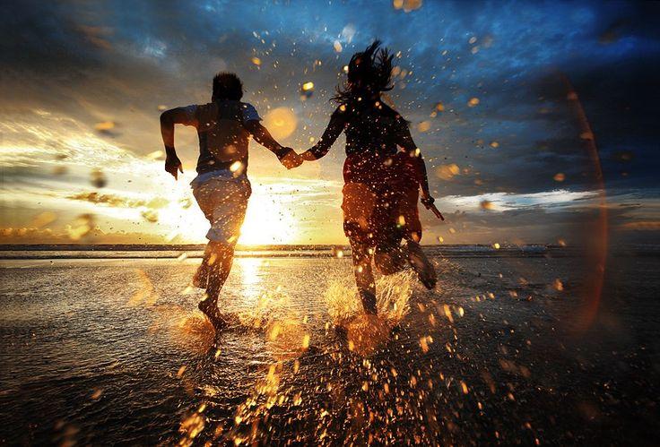 por do sol, o mar , e alguém pra dividir a vida com você.