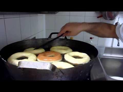 Come Fare le Ciambelle e le Bombe Fritte - Ricette Dolci e Cucina - YouTube