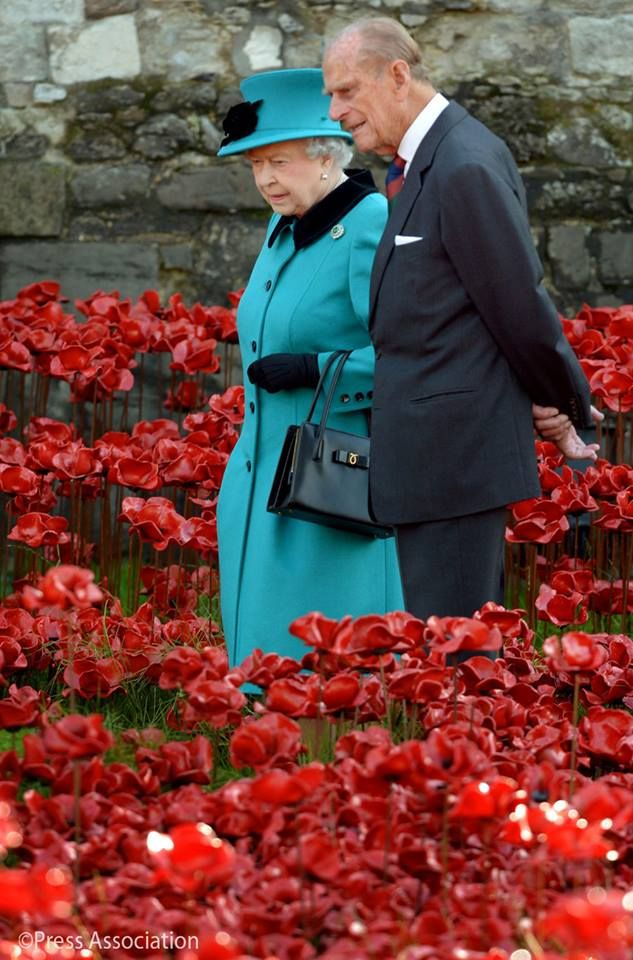 Queen Elizabeth and Prince Phillip at the Tower of London ... commemoration of WWI servicemen