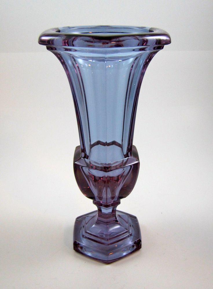 872 best art deco glass vases images on pinterest art deco art art deco design and art deco. Black Bedroom Furniture Sets. Home Design Ideas