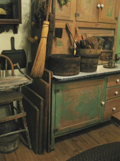 primitive painted kitchen cabinets 299 best images about sellers hoosier cabinets on 24943
