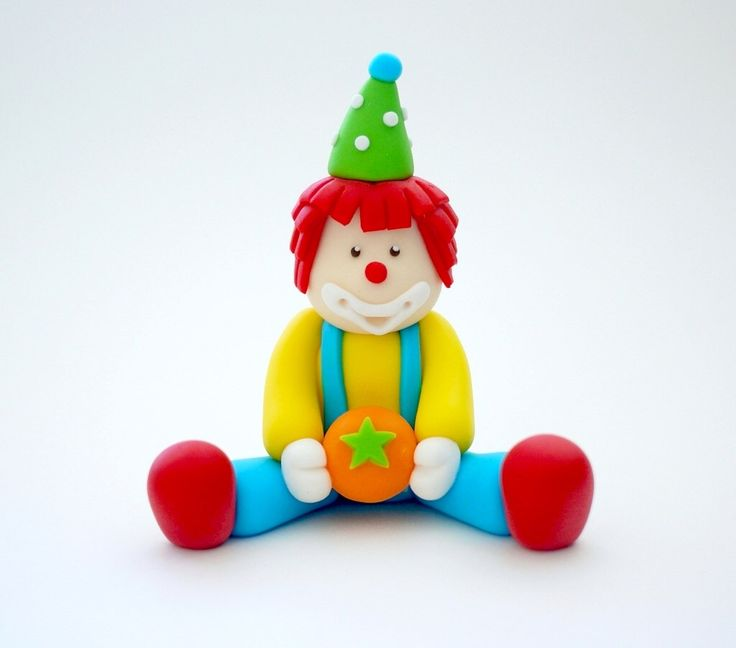 Clown cake topper. Fondant Circus Cake Topper. Circus birthday cake topper by SugarDecorByLetty on Etsy https://www.etsy.com/listing/228619368/clown-cake-topper-fondant-circus-cake