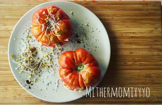 Ensalada de Quinoa y Ventresca de Atún en un tomate | Mi thermomix y yo