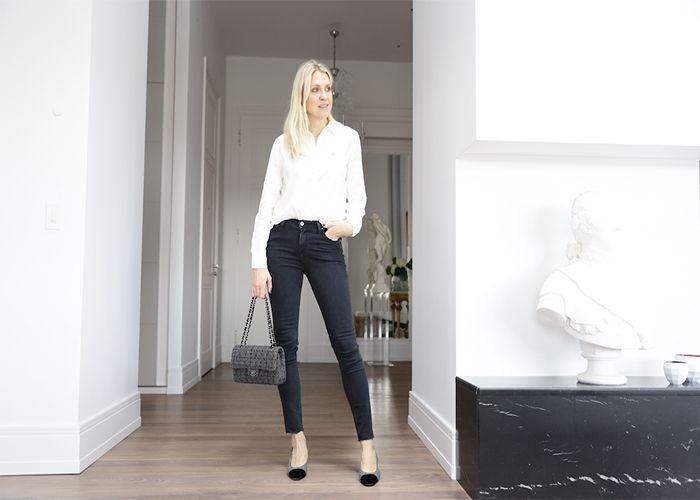 """Jeans är utan tvekan basen i min garderob, ett plagg jag helt enkelt aldrig tröttnar på. Genom åren har jag troget burit i stort sett samma modell - en typisk """"skinny-modell"""". Men på sistone har..."""