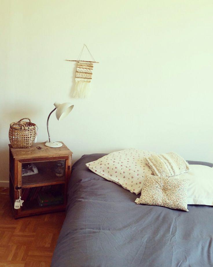 Chambre simply pour une jeune fille . Home Angél