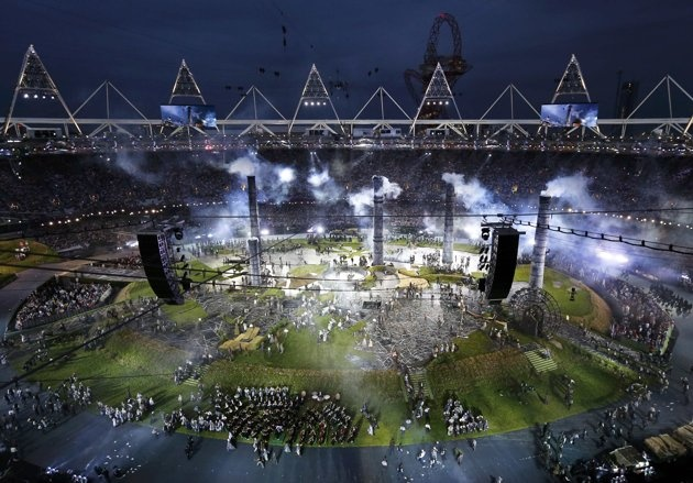 London 2012 Opening Ceremony - Picture shows a general view of a pre-show at the Olympic Stadium before the opening ceremony of the London 2012 Olympic Games, July 27, 2012. REUTERS/Pawel Kopczynski