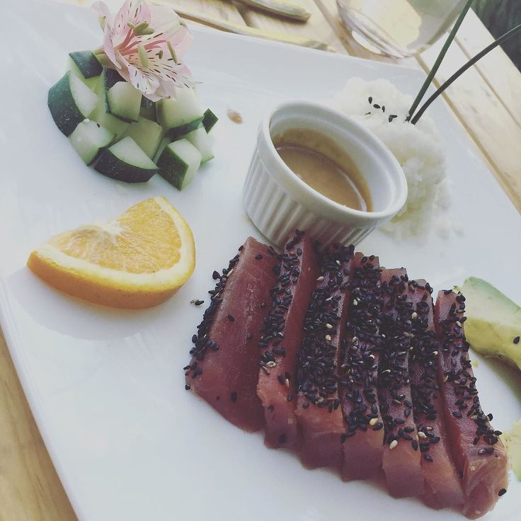 Ms de 25 ideas increbles sobre Atun crudo en Pinterest  Sashimi de atn Poke de atn y Sashimi