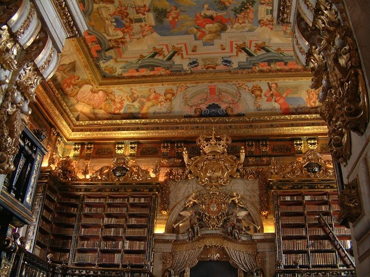 Biblioteca Joanina, Coimbra, Portugal http://www.printsasia.com/blog/index.php/2014/10/08/10-most-amazing-libraries-in-the-world/