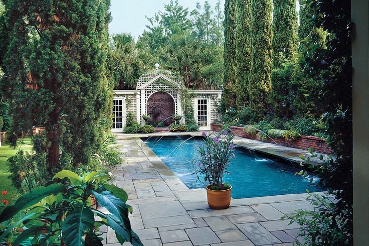 Glorious Pool Oasis