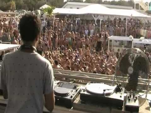 "Hideout Festival 2012 (Hot Creations pool party) | Jamie Jones | Track ID: HNQO feat. bip - ""City Lights"""