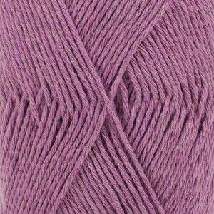 Drops Loves You 6Garn Unicolor108 Ametyst er en varm nuance af lilla. Det er en farve, der typisk bruges af kvinder og piger. Den dukker tit op i.. fra Garnstudio - Drops