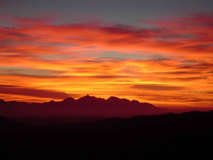 Beautiful Sunset Viewpoints from Onverwacht Cottages www.boesmanskloofmcgregor.com
