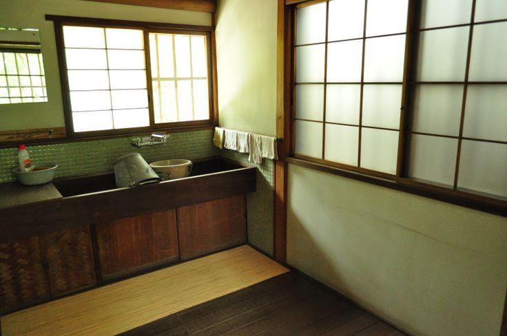 洋室なのに、障子がある!ひかえめな日本人の良さが出てる旧小坂家住宅 | 縁側なび #japan,#engawa,#kominka