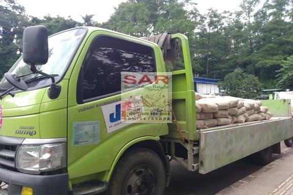 #Jual: SEMEN PADANG di Bandung Info: Sumber Alam Raharja ✆/WA: 0889 101 2858 http://www.anekabahanbangunan.net/2016/10/jual-semen-padang-di-bandung-info.html