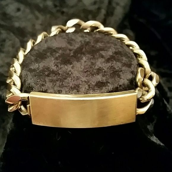 Vintage late 70's Speidel USA Men's ID Bracelet Heavy vintage gold tone men's ID bracelet with no monogram on it. Very good condition for the age of this bracelet! Speidel Jewelry Bracelets