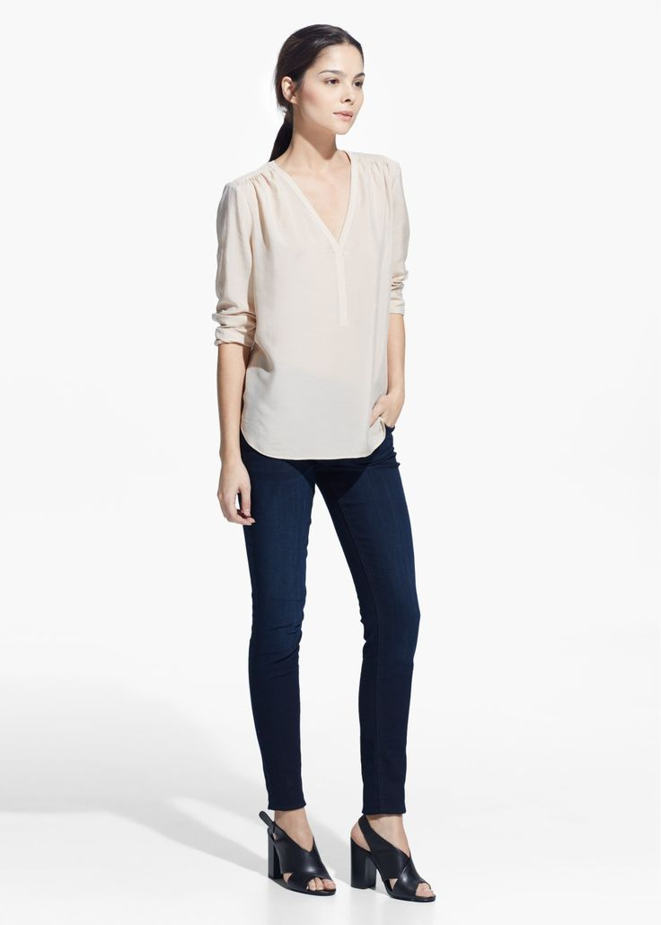 Blusa scollo a V bianca. White deep V neck blouse