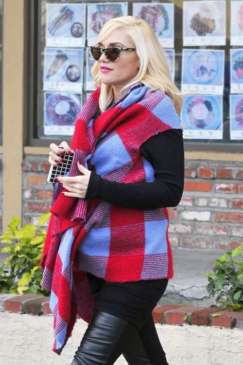 Celebrity bump watch: As always Gwen Stefani has a fab #maternity look!