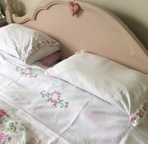 My New Room, My Room, Bedroom Inspo, Bedroom Decor, Bedroom Ideas, Shabby Chic Antiques, Aesthetic Rooms, Pink Aesthetic, Dream Decor