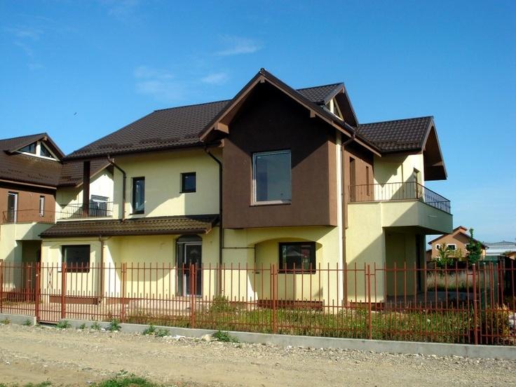 Vila de vanzare in Gheraiesti- zona foarte buna, la 3 km de oras.