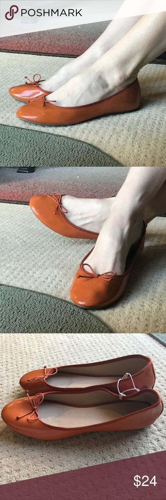 ORANGE FLATS ballet shoes FAUX PATENT Leather sz 9 New with tags...I love this color! An autumn orange, not too bright or bold but smooth and creamy. Faux PATENT leather vegan. And so comfortable! Beautiful hue! (my1) Old Navy Shoes Flats & Loafers