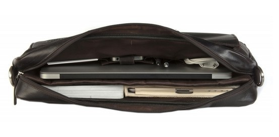 "Hunter dark leather briefcase w. handles for PC & MacBooks up to 16"". Price: $220. More information: www.dbramante1928.com."