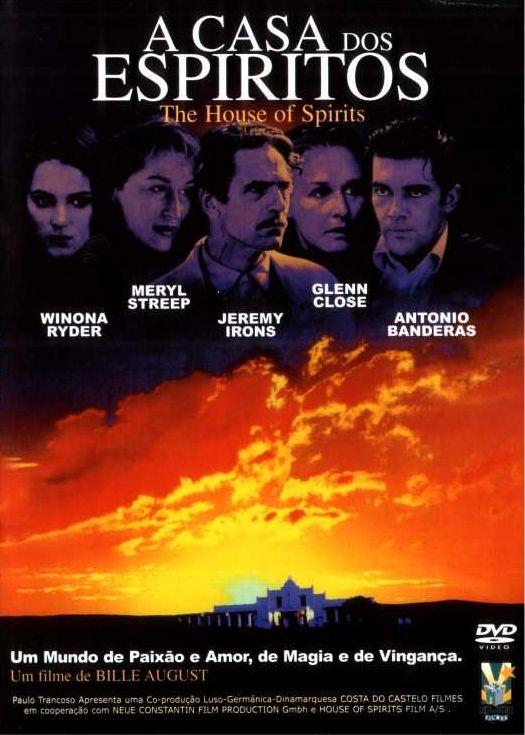 Um filme de Bille August com Meryl Streep, Glenn Close : A história do Chile da década de 20 aos anos 70 é contada através da saga da família Trueba, que começa com a união de um homem simples (Jeremy Irons), que fica rico, com uma jovem (Meryl Streep) de poderes paranormais. A saga se desenvolve até esta ...