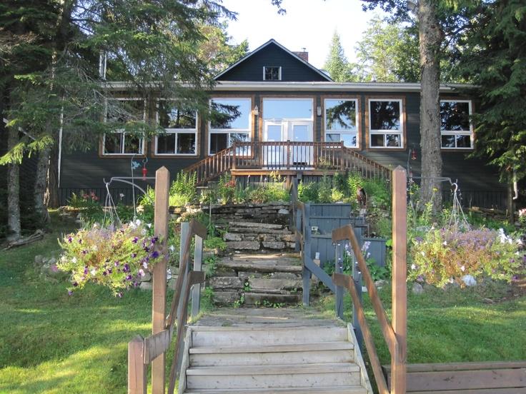 Bartlett Lodge on Cache Lake - Algonquin