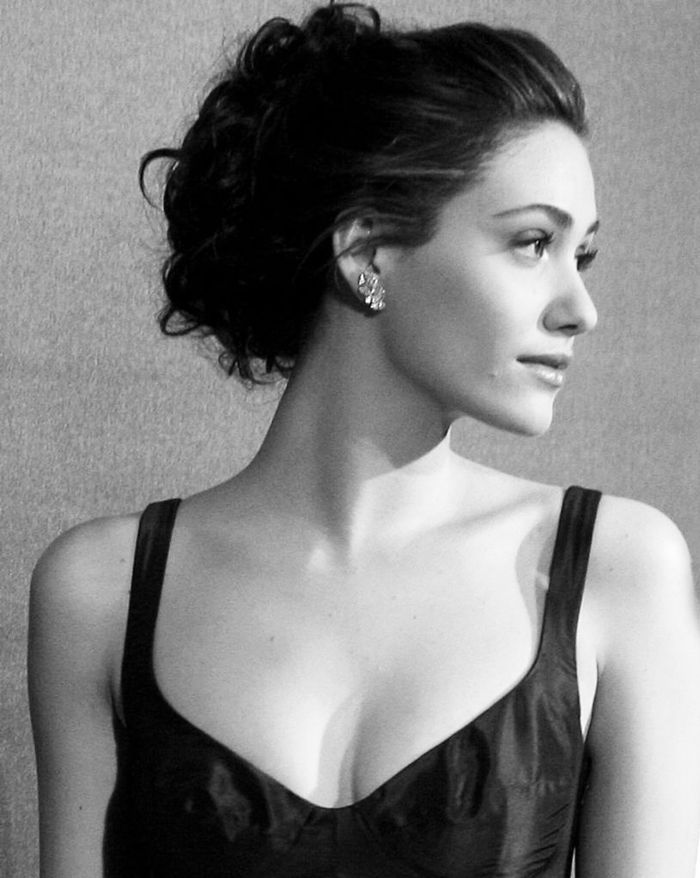 Ack! I have the biggest girl crush on Emmy Rossum.