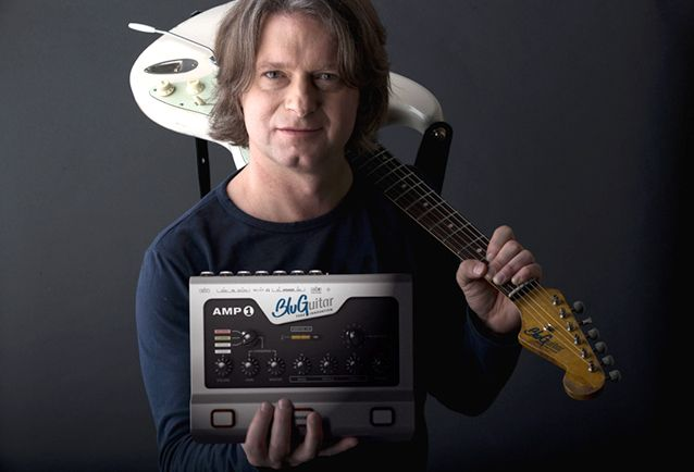 Gearjunkies.com: Thomas Blug Presents AMP1 Guitar Amplifier System