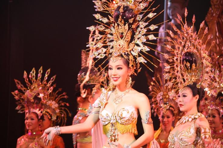LadyBoy Show- Pattaya Beach