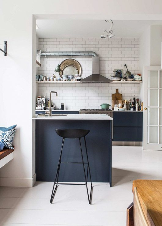 vintage modern amsterdam kitchen / @sfgirlbybay