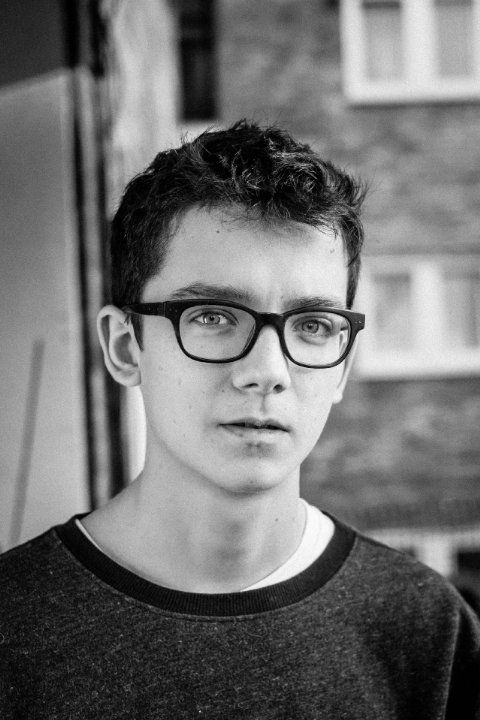Asa Butterfield (1997) - English actor. Photo by Sam Butterfield