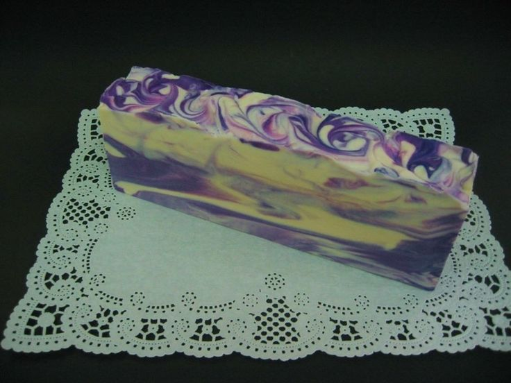 Lilacs bring our hearts the perfume of all the bygone Mays. ~ Edna Lincoln Shaw  On the curing rack... Goat's Milk Soap with Silk, Kaolin Clay, and fragranced with LILAC. Close your eyes and smell this soap and you'll think you're standing beside a blooming lilac bush. . . . #MadeInMinnesota #MadeWithLove #ColdProcessSoap #GoatMilkSoap #SilkSoap #Skincare #LoveYourSkin #ArtisanSoap #LuxuriousSoap #LuxurySoap #SoapArt #AddictedToMakingSoap #AddictedToHandmadeSoap #IntoxicatingFragrances…
