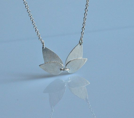 Collana geometrica,collana argento 925,collana goccia,collana lotus,collana ali,collana minimal,regalo lei,fatto a mano,made Italy