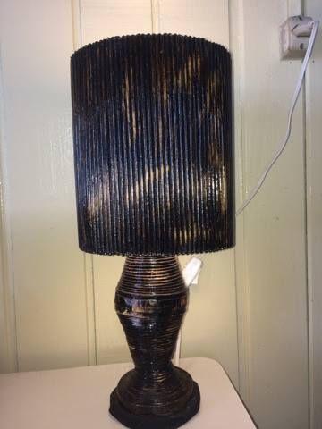 lampara de mesa,Papel periódico,Reciclar.